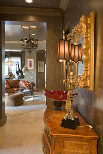 Luxurious old fashioned interiorの写真素材 [FYI03639736]
