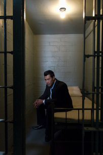 Businessman in prisonの写真素材 [FYI03640201]