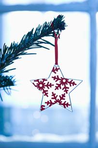 Christmas decoration close-upの写真素材 [FYI03640246]