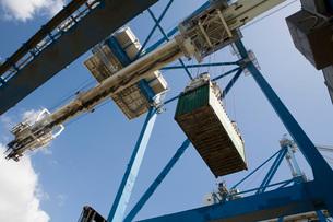 Limassol Cyprus dockside crane.の写真素材 [FYI03640395]