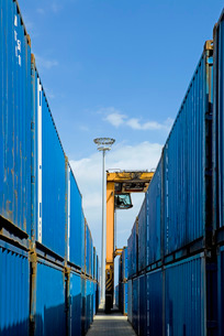 Limassol Cyprus Mobile crane moving containers in stockyardの写真素材 [FYI03640401]