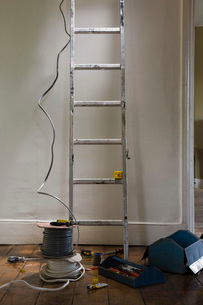 Ladder and tools in houseの写真素材 [FYI03640526]