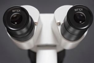 Microscope close-upの写真素材 [FYI03641094]