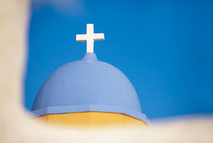 Cross on top of blue domeの写真素材 [FYI03641128]