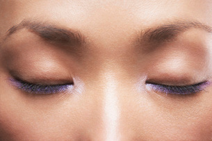 Young Asian woman's closed eyesの写真素材 [FYI03641159]