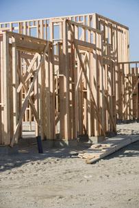 Stack of wooden planksの写真素材 [FYI03641644]