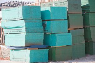 Stack of wooden planksの写真素材 [FYI03641663]