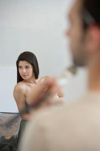 Artist's Model Modeling Nude for Artistの写真素材 [FYI03641958]
