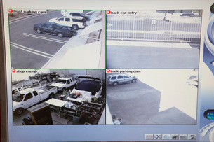 Video monitor with picture from security camerasの写真素材 [FYI03642611]