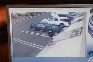 Video monitor with picture from security cameraの写真素材 [FYI03642612]
