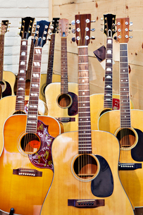 Collection of acoustic guitarの写真素材 [FYI03642991]
