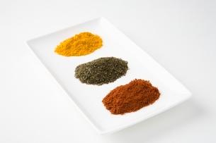 Chilli green tea and turmericの写真素材 [FYI03643333]