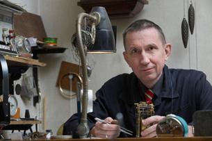Clock Repairman at Workの写真素材 [FYI03645636]