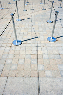 Close-Up view of Stanchions marking out queueの写真素材 [FYI03646694]