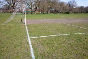 Soccer goal in morningの写真素材 [FYI03646763]