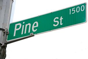 Pine Street sign, Seattleの写真素材 [FYI03646823]