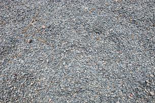 Close-up of fine gravel pileの写真素材 [FYI03646850]