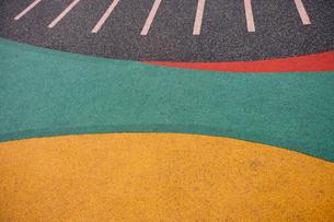 Close up of playground rubber floorの写真素材 [FYI03648978]