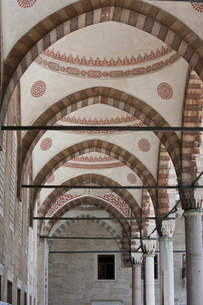 Inside the Blue Mosque, Istanbulの写真素材 [FYI03649329]