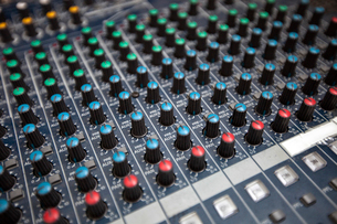 Close-up of sound recording equipment in studioの写真素材 [FYI03649381]