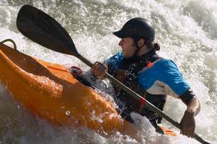 Whitewater kayakerの写真素材 [FYI03650522]