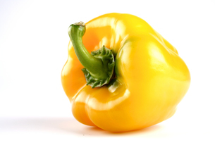 Yellow pepper on white backgroundの写真素材 [FYI03653888]