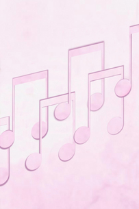 Music notes on pink backgroundの写真素材 [FYI03654164]