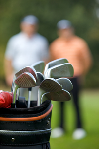 Golf clubs in bag at golf courseの写真素材 [FYI03654930]