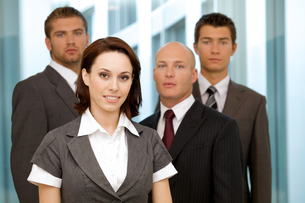 Portrait of young caucasian business people in officeの写真素材 [FYI03655683]
