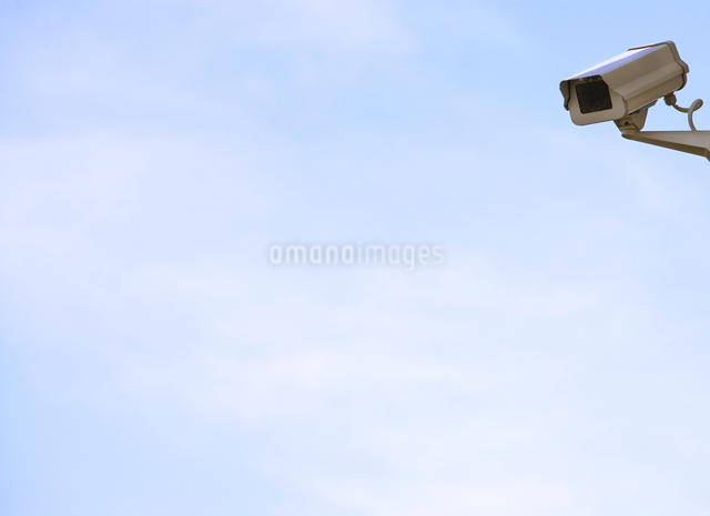 Security camera on wallの写真素材 [FYI03657878]