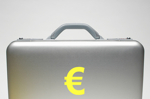 Euro briefcaseの写真素材 [FYI03657911]