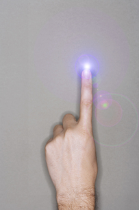 Pointing Finger Chargeの写真素材 [FYI03657913]