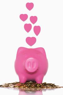 Piggy Bank of loveの写真素材 [FYI03657971]