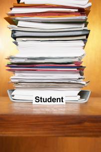 Overflowing Student Inboxの写真素材 [FYI03658035]