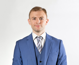 Portrait of an handsome confident businessmanの写真素材 [FYI03658145]
