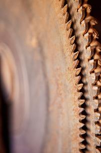 Rusty circular saw bladesの写真素材 [FYI03666857]