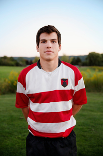 Portrait of young football playerの写真素材 [FYI03671615]
