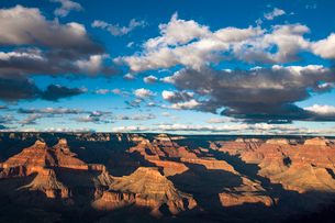 Scenic view of Grand Canyon National Park against cloudy skyの写真素材 [FYI03686127]