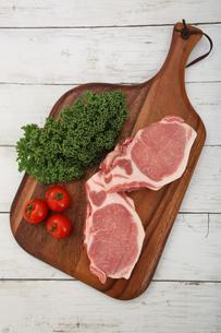 豚肉の厚切りの写真素材 [FYI03686155]
