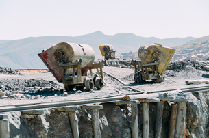 Cement mixers at construction siteの写真素材 [FYI03698760]