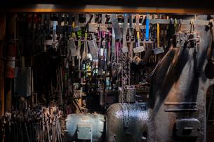 Various metallic tools in factoryの写真素材 [FYI03702739]