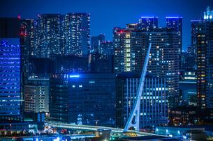 東京・お台場から見える東京の夜景の写真素材 [FYI03716544]
