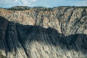 Idyllic view of mountainsの写真素材 [FYI03717909]