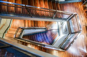 螺旋階段のイメージの写真素材 [FYI03718463]