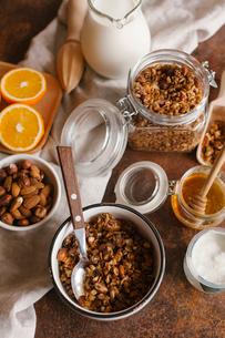 High angle view of granola on tableの写真素材 [FYI03728430]