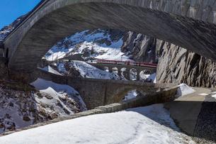 スイス、マッターホルン・ゴッタルド鉄道の写真素材 [FYI03750831]