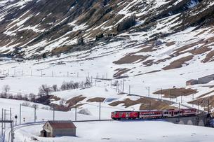 スイス、マッターホルン・ゴッタルド鉄道の写真素材 [FYI03750889]