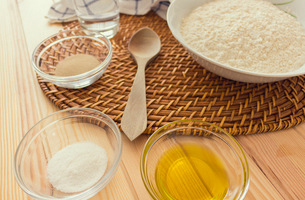 Natural and healthy ingredients prepared for cookingの写真素材 [FYI03758084]