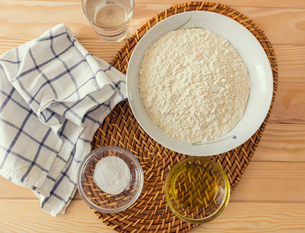 Natural and healthy ingredients prepared for cookingの写真素材 [FYI03758086]
