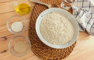 Natural and healthy ingredients prepared for cookingの写真素材 [FYI03758089]